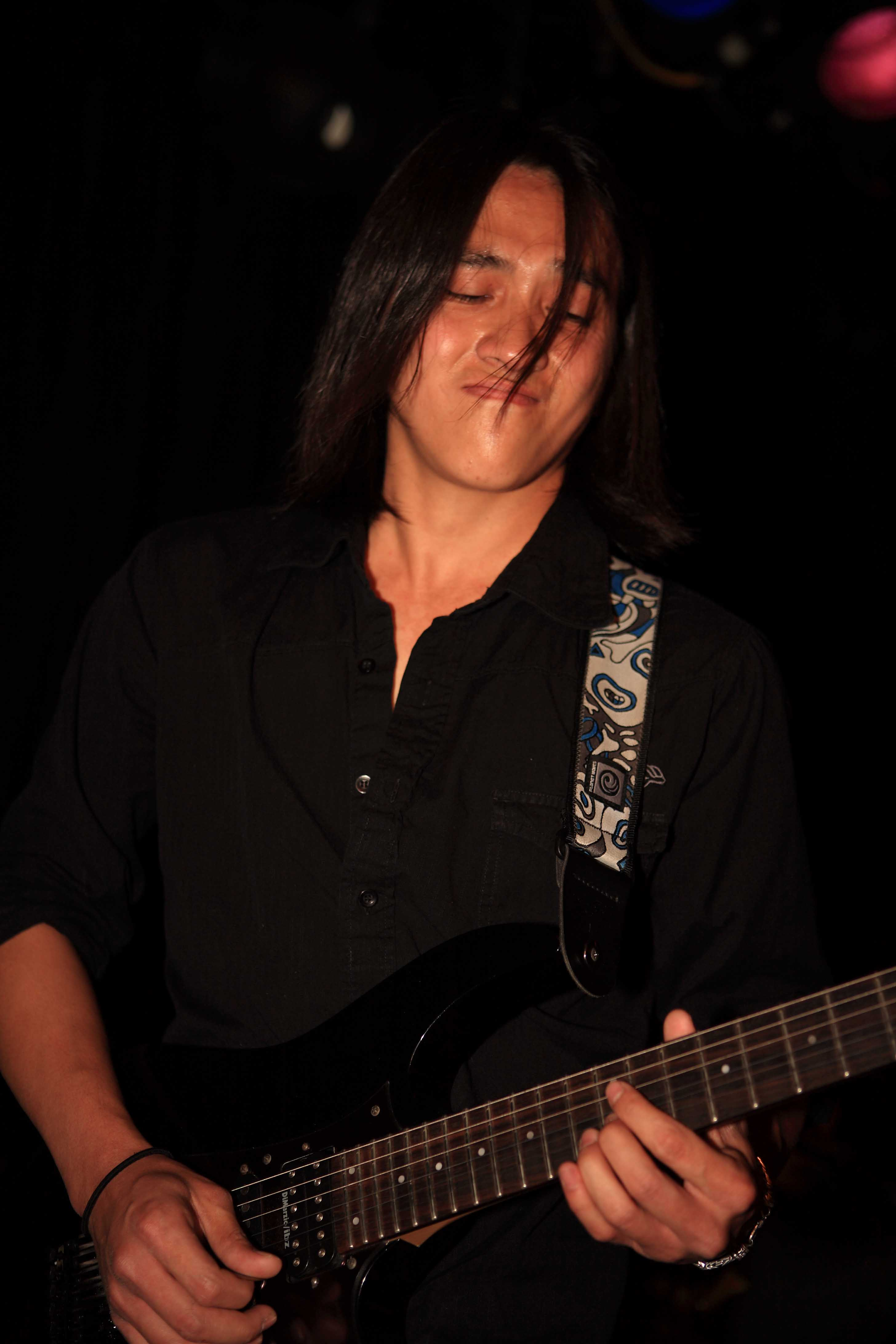 Le Minh Duc  7-28-07 Viper Room Hollywood, CA (First Show