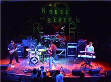 House Of Blues in W. Hollywood  (4-4-11) photo by  Bridgett Butler