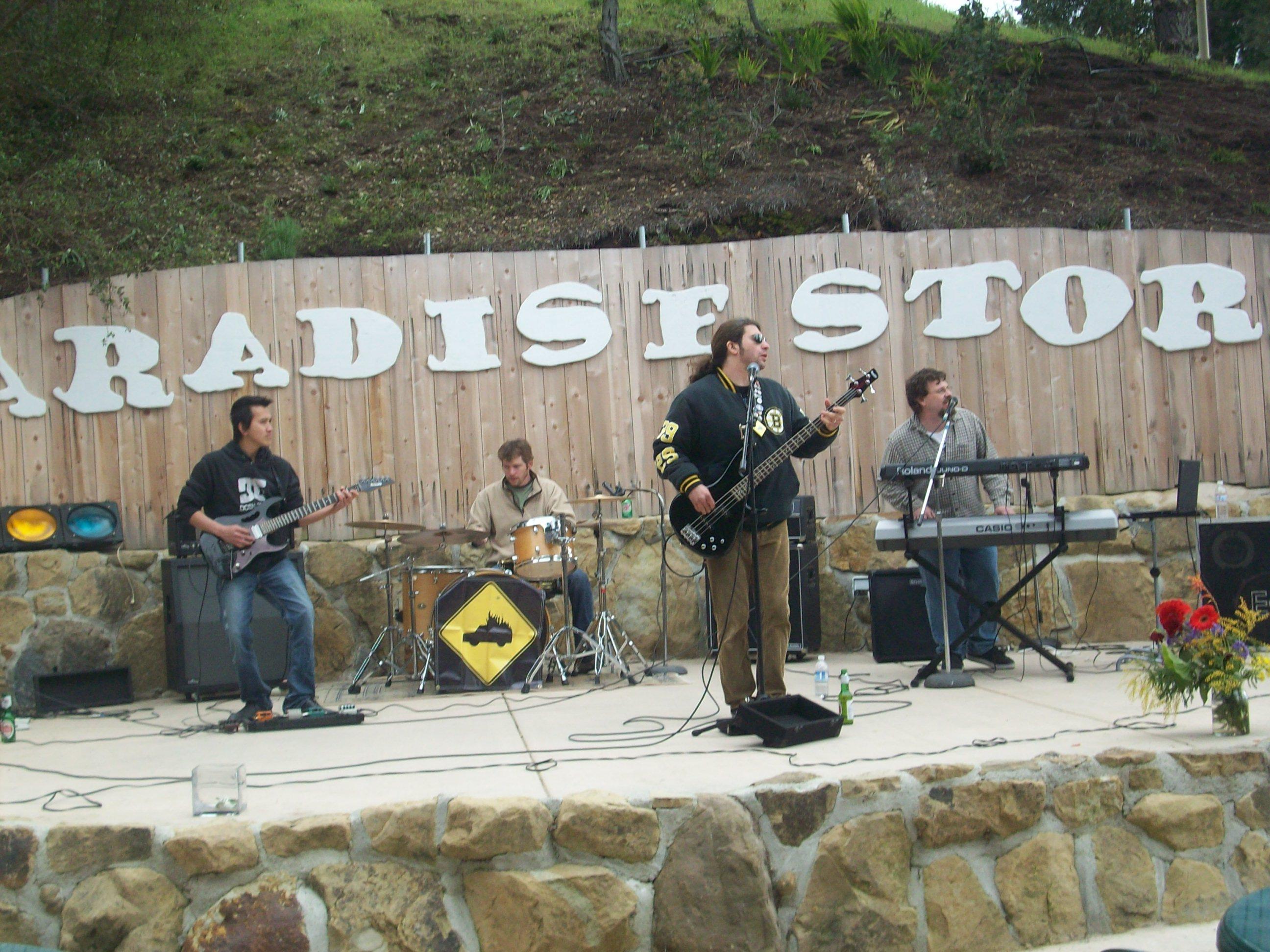 Paradise Store n Grill (Santa Barbara, CA, 3-14-09)